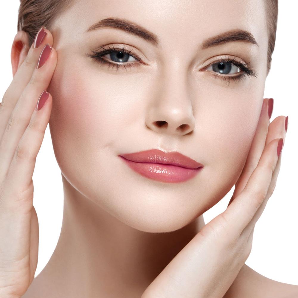 Imágenes de belleza femenina potenciada con micropigmentación facial (ojos, cejas, labios)